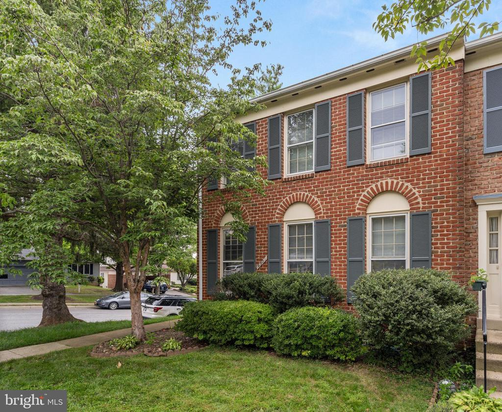 4501 Shoal Creek Ct, Alexandria, VA 22312