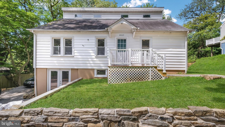 Conshohocken                                                                      , PA - $425,000