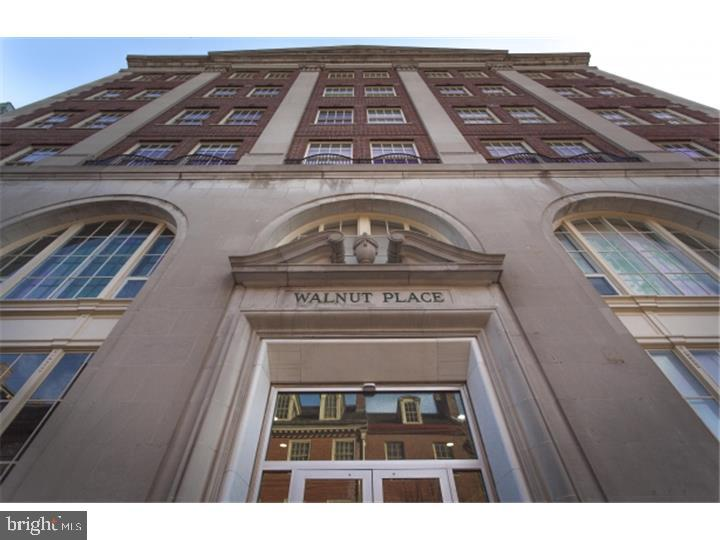 LIMITED TIME SPECIAL: RECEIVE ONE MONTH'S FREE RENT ON A 13 MONTH LEASE AND RECEIVE A $1000 MOVE IN CREDIT!!  320 WALNUT STREET! Incredible 1 bedroom, 1 bath residence. This apartment has fantastic light, and space. Beautiful HARDWOOD FLOORS, amazing kitchen with GRANITE counter tops, and stainless steel appliances. Enjoy living in this elevator doorman building with GYM, and PARKING. This SOCIETY HILL location, offers a walking score of 100!!! Your destination of coffee shops, movies, theater, awesome dining, and Jefferson & Pennsylvania hospitals, are just minutes away! Also, the Philadelphia International Airport is just 22 minutes door to door!!!