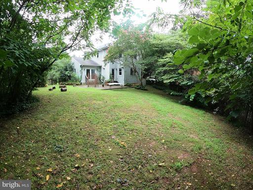 6720 Pine Creek Ct, McLean 22101