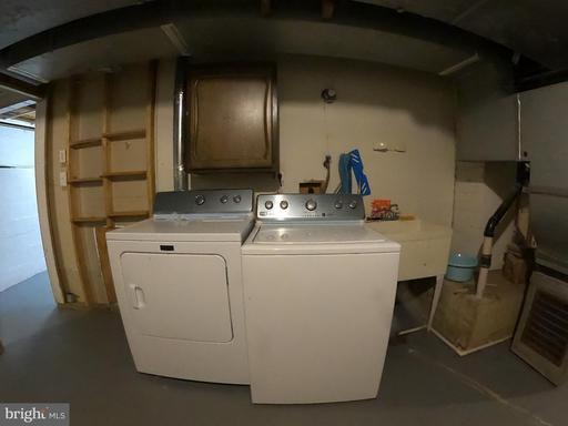 6720 Pine Creek Ct Mclean VA 22101