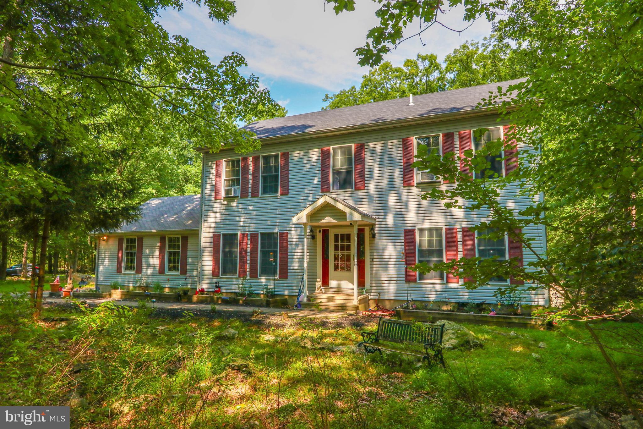 221 Powderhorn Road, Henryville, PA 18332