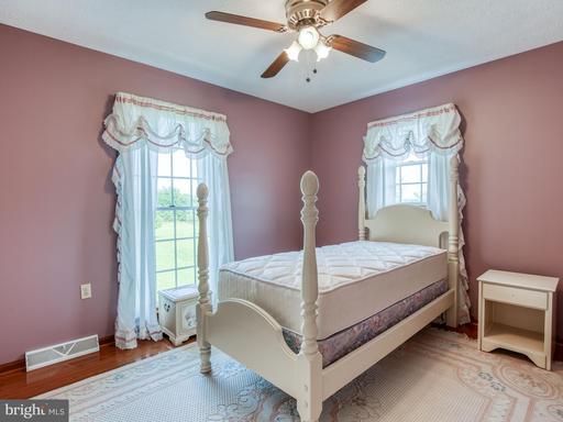 655 Wadesville Rd Berryville VA 22611
