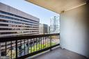 1805 Crystal Dr #715s
