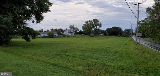 18114 Beallsville Rd, Poolesville, MD 20837