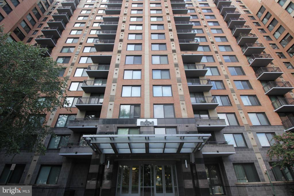 Photo of 2451 Midtown Ave #719