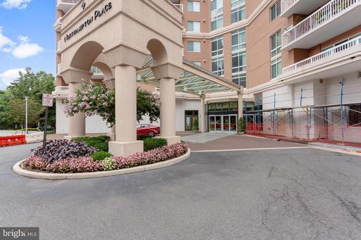 3101 N Hampton Dr #1003, Alexandria, VA 22302