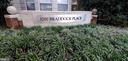1200 Braddock Pl #203