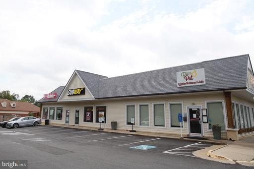 2900 Oak Knoll Dr Falls Church VA 22042