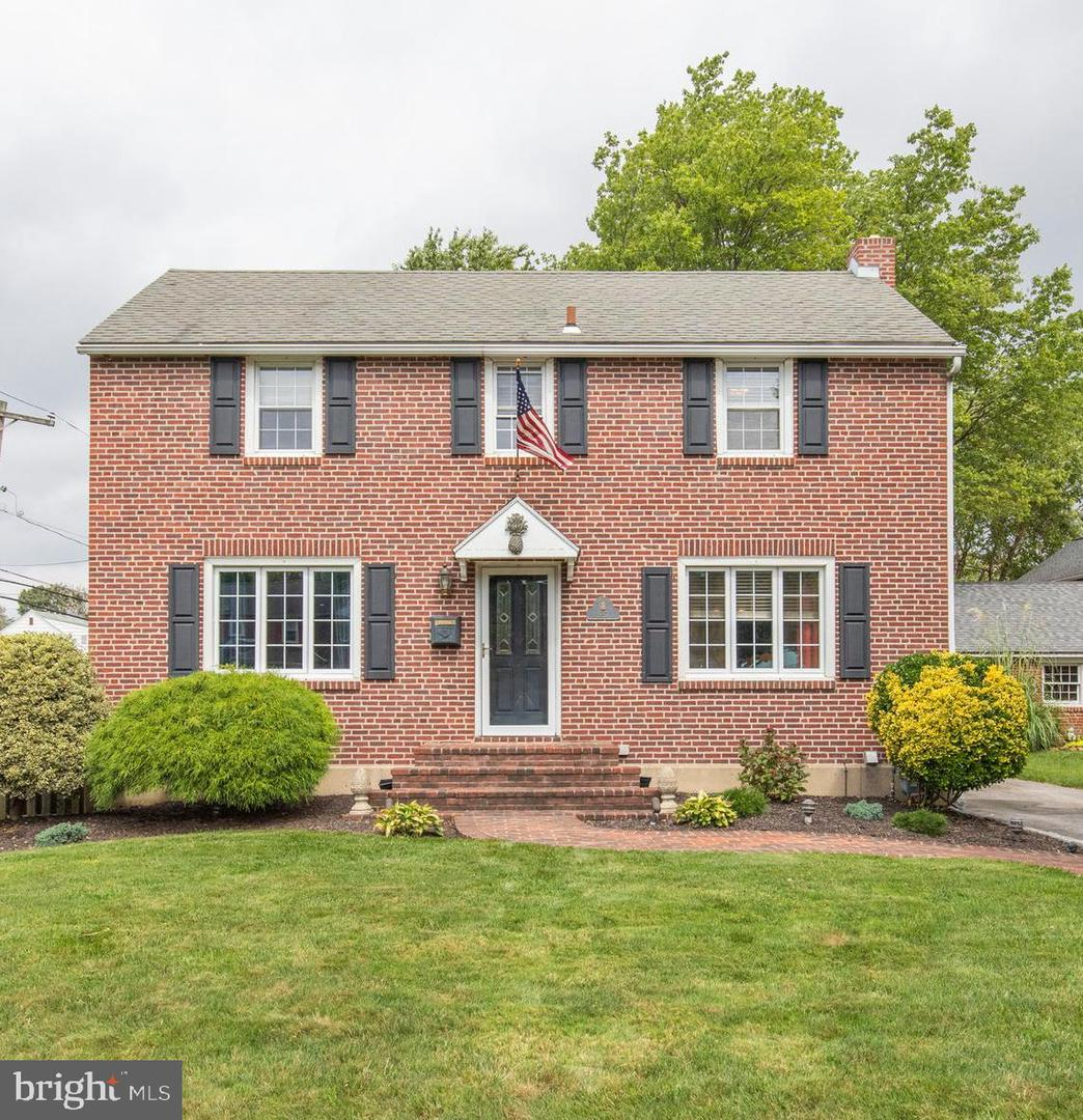 537 Hawarden Road Springfield, PA 19064