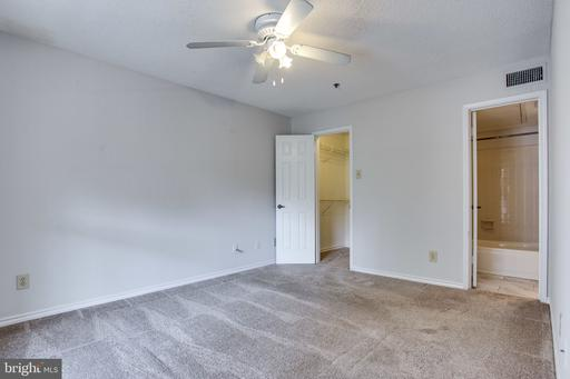1504 Lincoln Way #407, McLean 22102