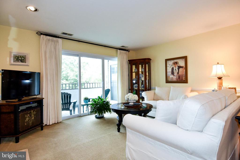 Photo of 7707 Lafayette Forest Dr #12