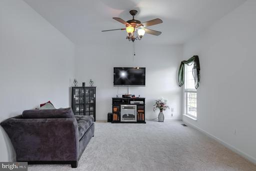 645 Kings Grant Rd Culpeper VA 22701