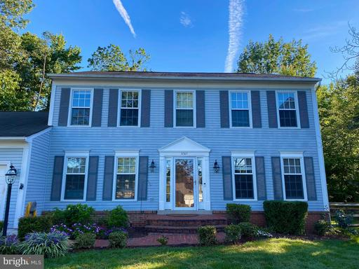 5301 Affinity Ct Centreville VA 20120