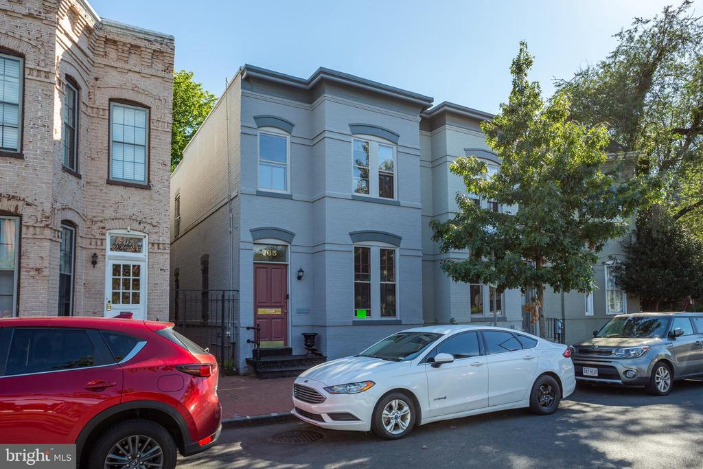 Office/Residential building in a prime location DIRECTLY across from Eastern Market Metro. This  townhouse is currently used as office and is zoned MU-25, and is an ideal property to become a home. Ample private outdoor space will provide sought after indoor/outdoor living space all year long.