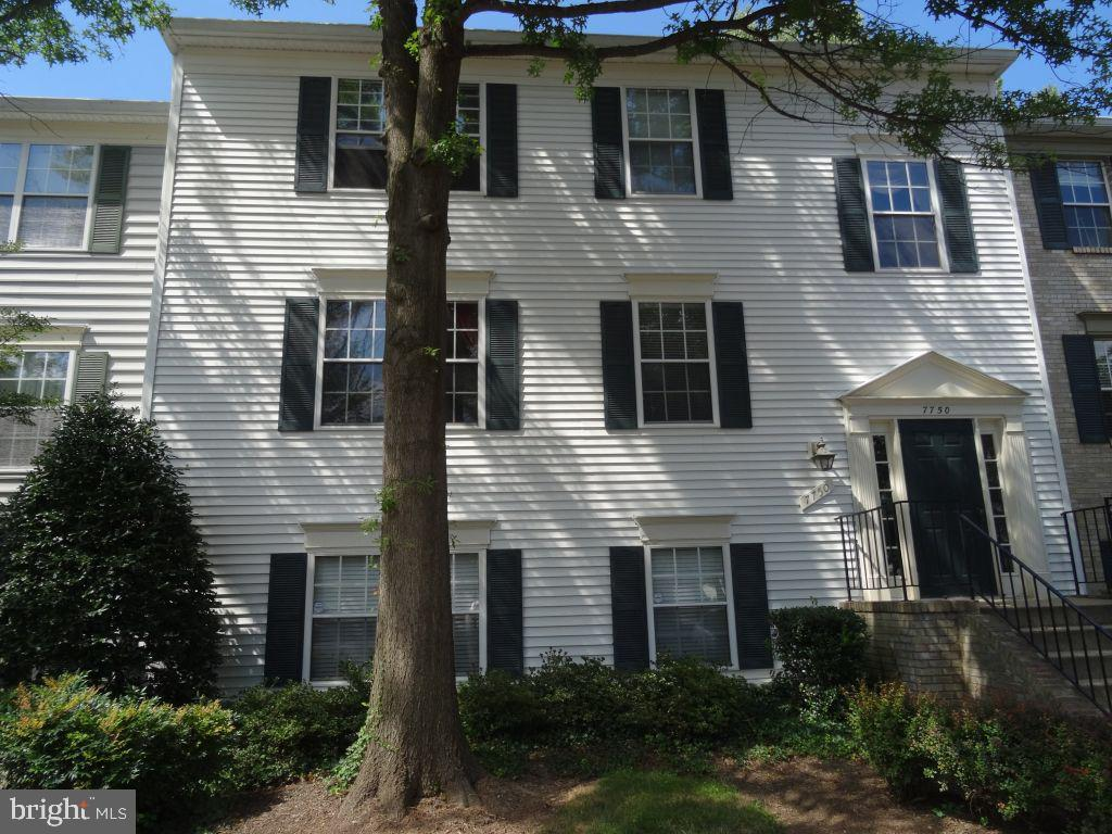 Photo of 7750 New Providence Dr #33