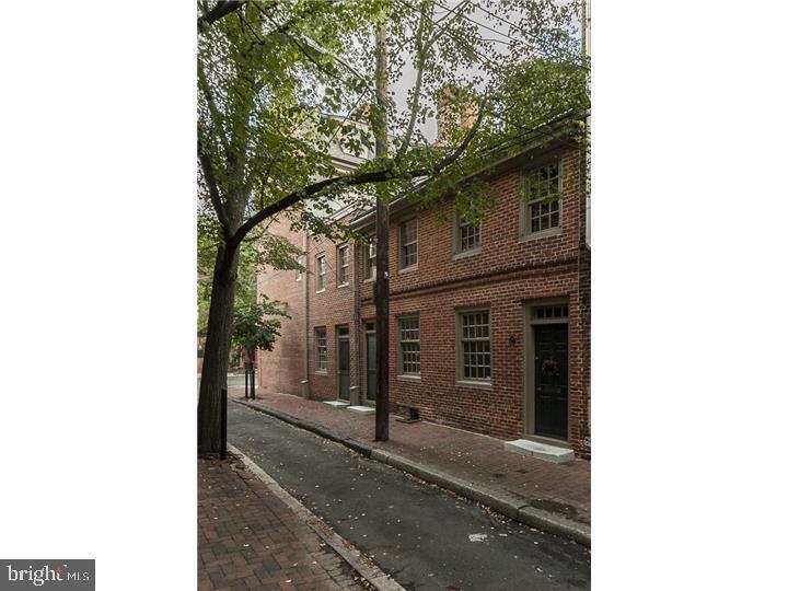 758 S Front Street Philadelphia , PA 19147