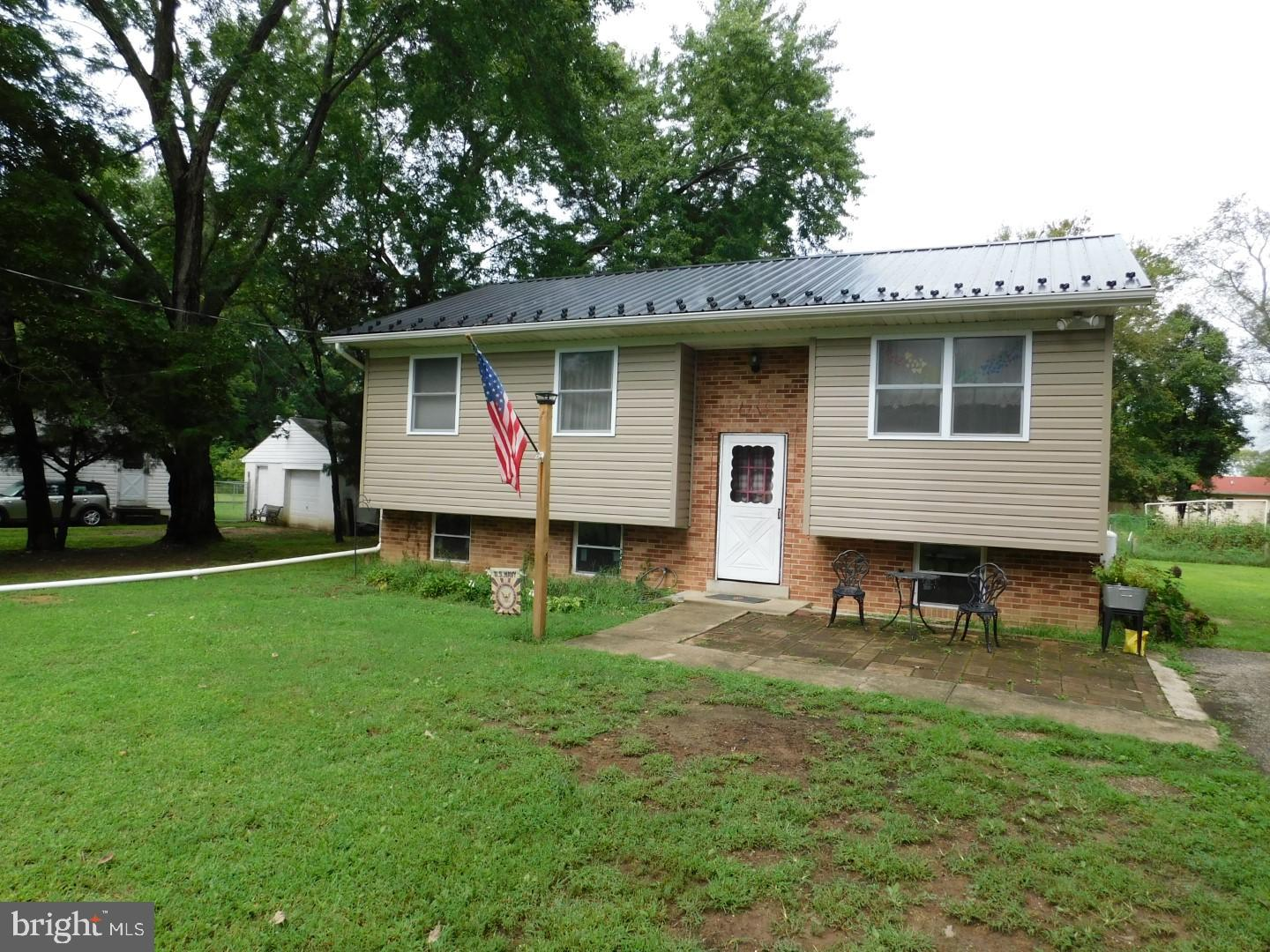 Photo of 40306 WOLFE DR, MECHANICSVILLE, MD 20659