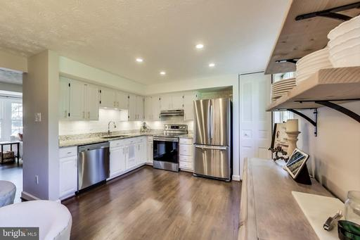 1666 Sierra Woods Ct Reston VA 20194