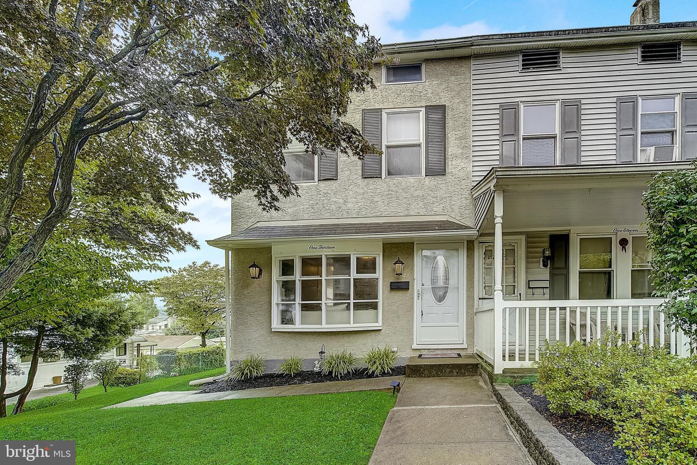 Conshohocken                                                                      , PA - $470,000