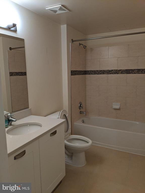 Photo of 2451 Midtown Ave #613