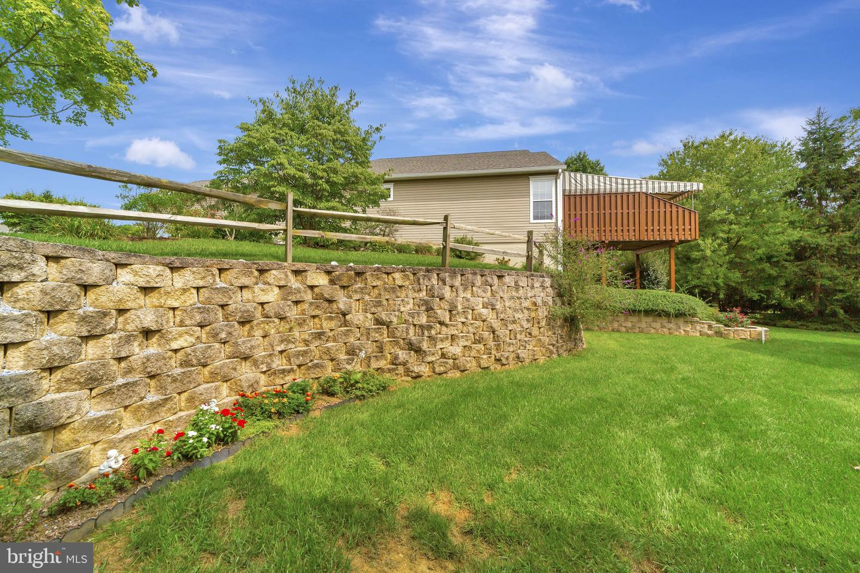 1483 Quaker Ridge Chester , PA 19380