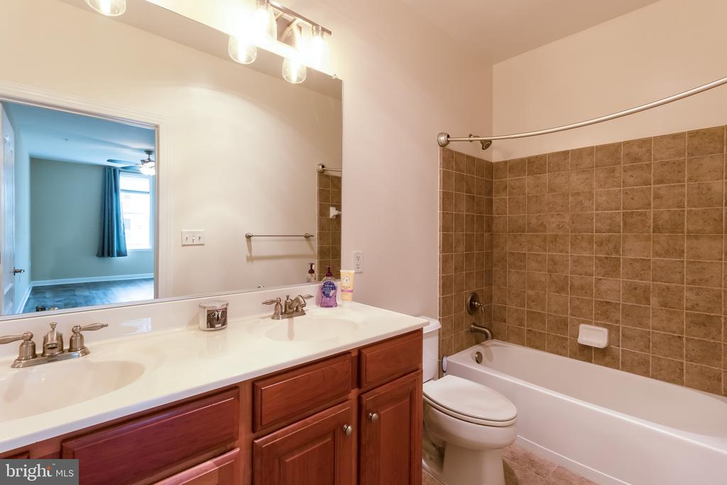 Photo of 400 Cameron Station Blvd #325