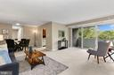 5614 Bloomfield Dr #202