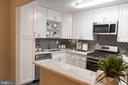 1300 Army Navy Dr #624