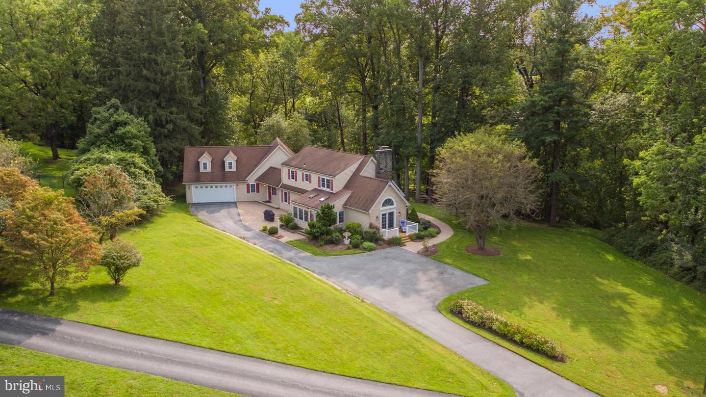 81 Boot Road Newtown Square, PA 19073