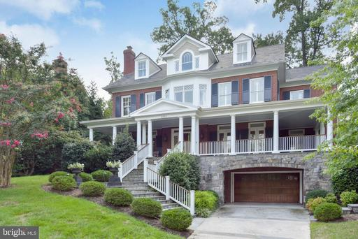 2213 Belle Haven Rd, Alexandria, VA 22307