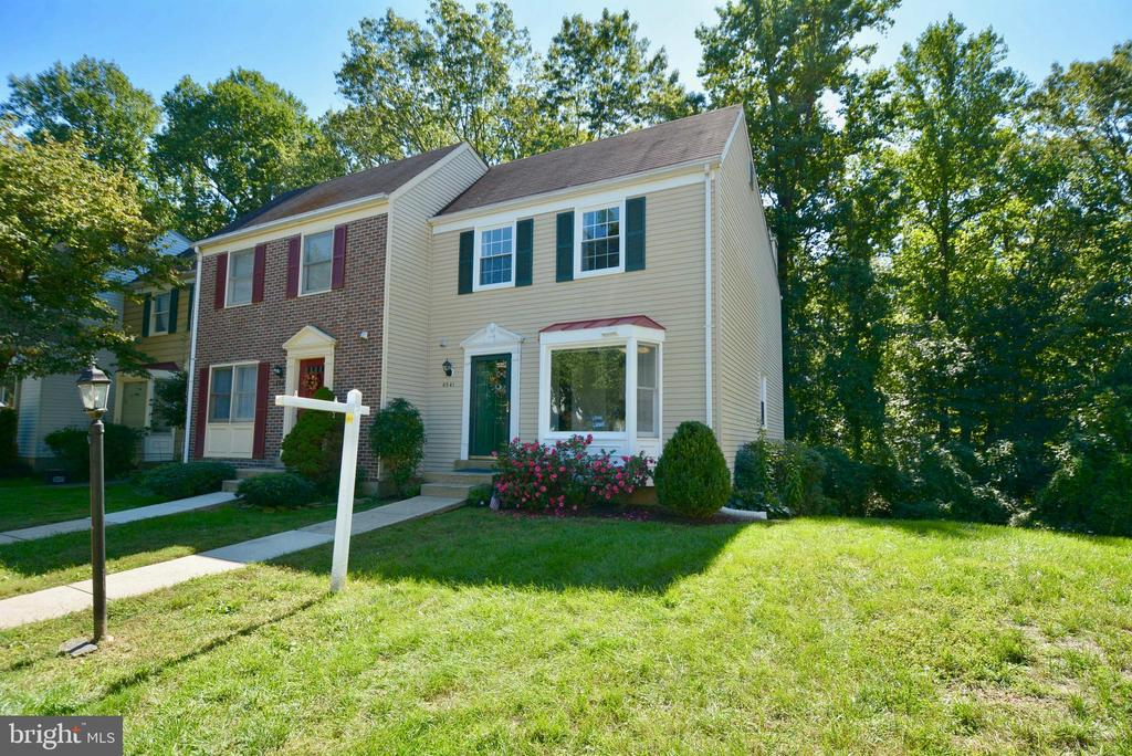 6541 Coachleigh Way, Alexandria, VA 22315