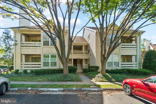 4551 Interlachen Ct #G, Alexandria, VA 22312