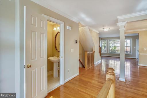 12710 Dogwood Hills Lane Fairfax VA 22033