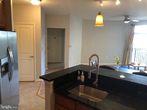 2655 Prosperity Ave #246 Fairfax VA 22031