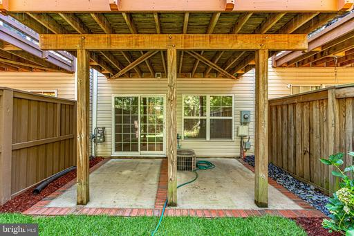 43075 Autumnwood Sq Broadlands VA 20148