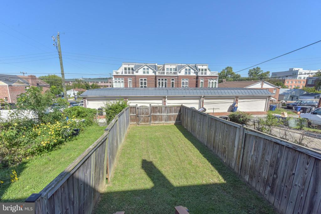 Photo of 204 Lynhaven Dr