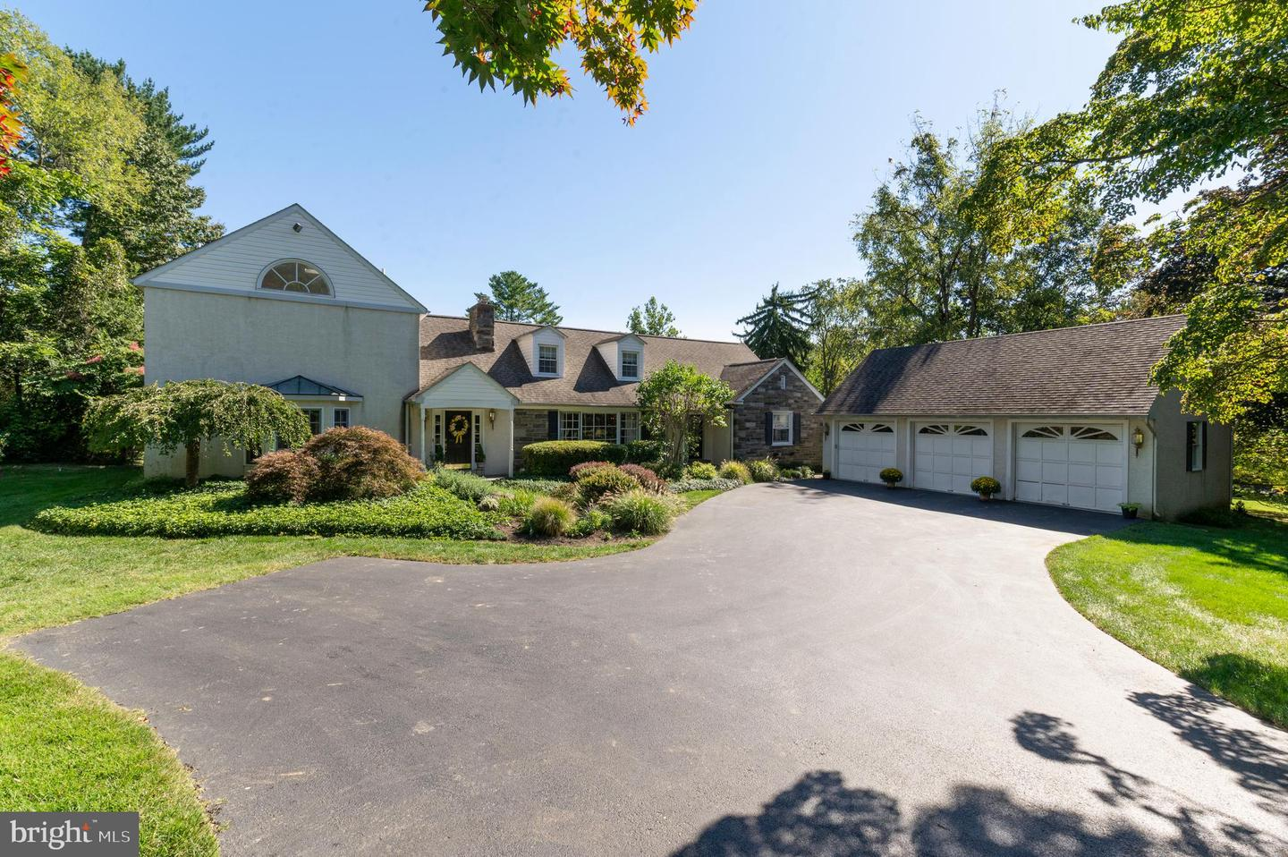 26 Dunminning Road Newtown Square, PA 19073