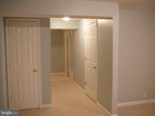 14410 Four Chimney Dr Centreville VA 20120