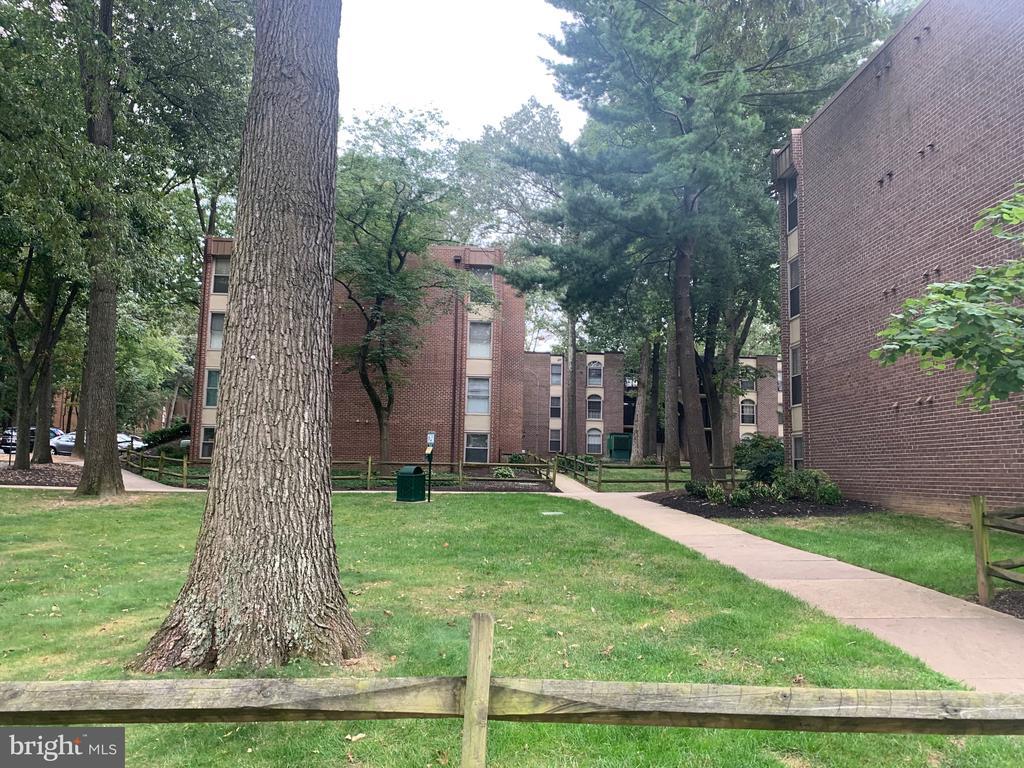 Photo of 3306 Woodburn Village Dr #32