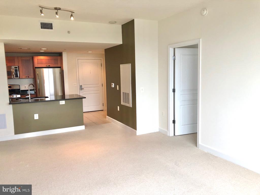 Photo of 2451 Midtown Ave #1321