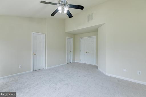 6869 Drifton Ct Centreville VA 20121