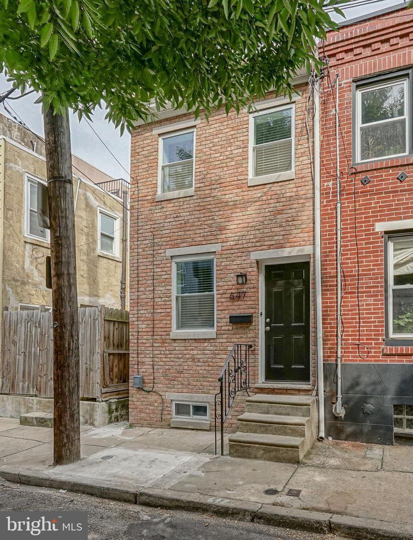 647 Earp Street Philadelphia, PA 19147