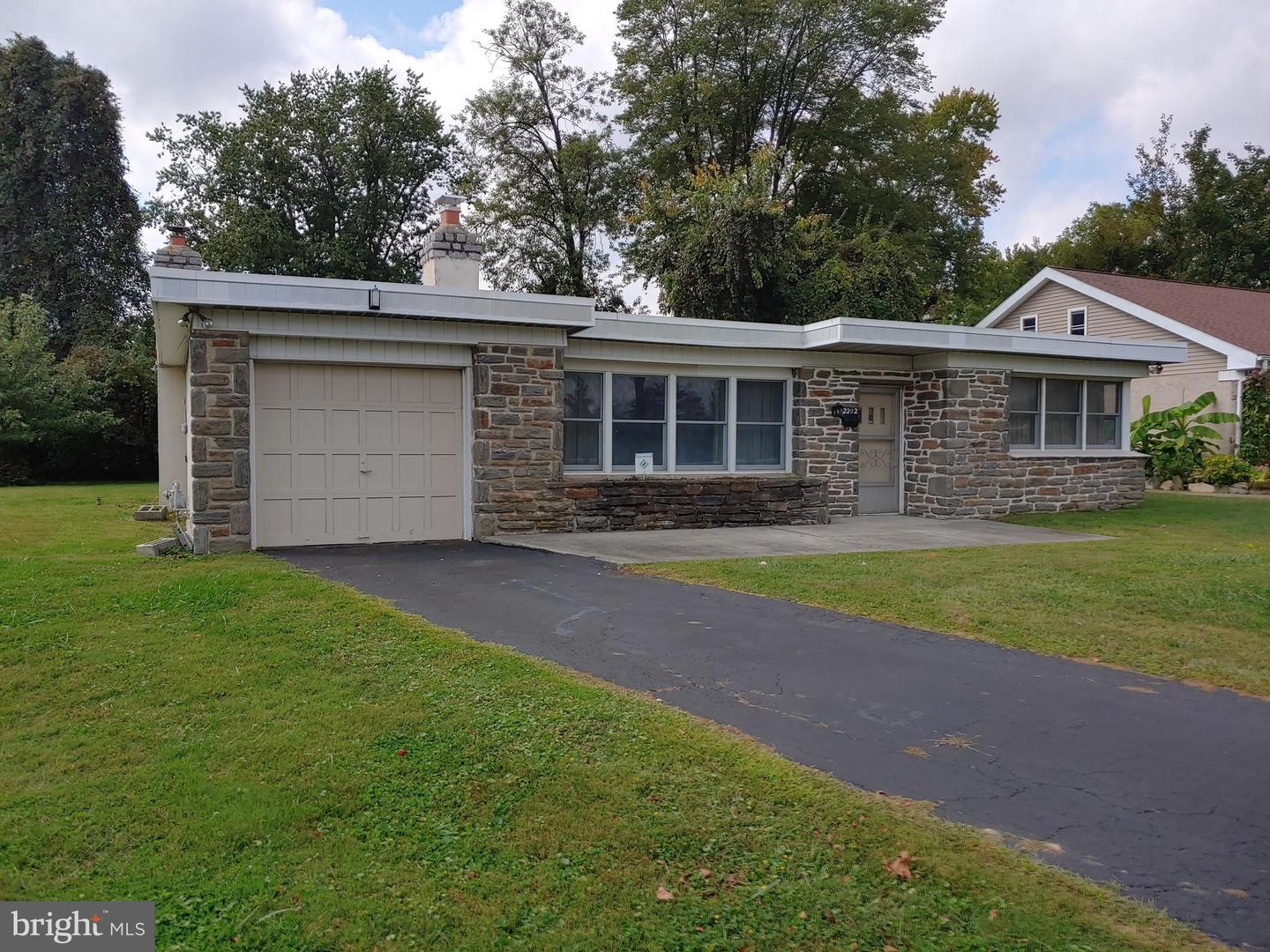 2202 Sproul Road Broomall, PA 19008