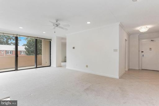 4141 N Henderson Rd #123, Arlington 22203