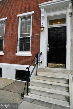 Property for sale at 411 S 9th St #1f, Philadelphia,  Pennsylvania 19147