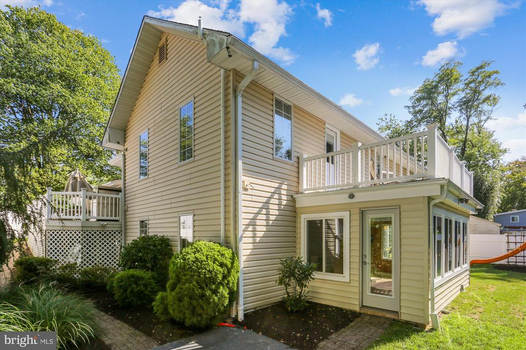 919 Hyde Rd, Silver Spring, MD 20902