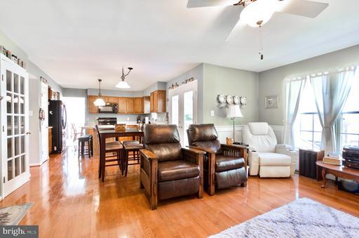 6856 Muskett Way Centreville VA 20121