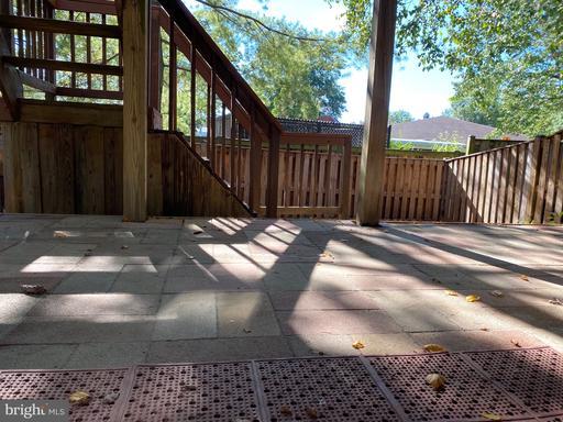 1168 Cypress Tree Pl Herndon VA 20170