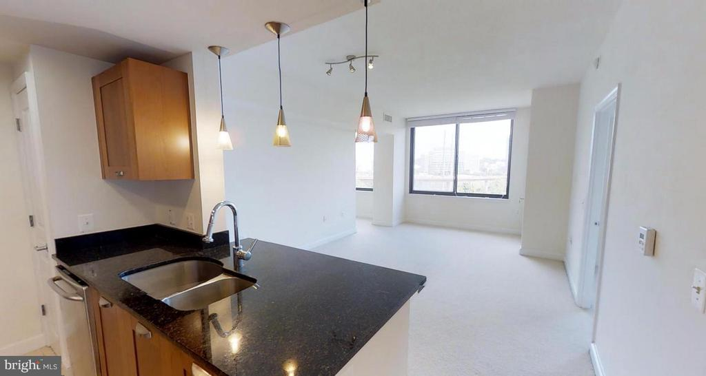 Photo of 2451 Midtown Ave #601